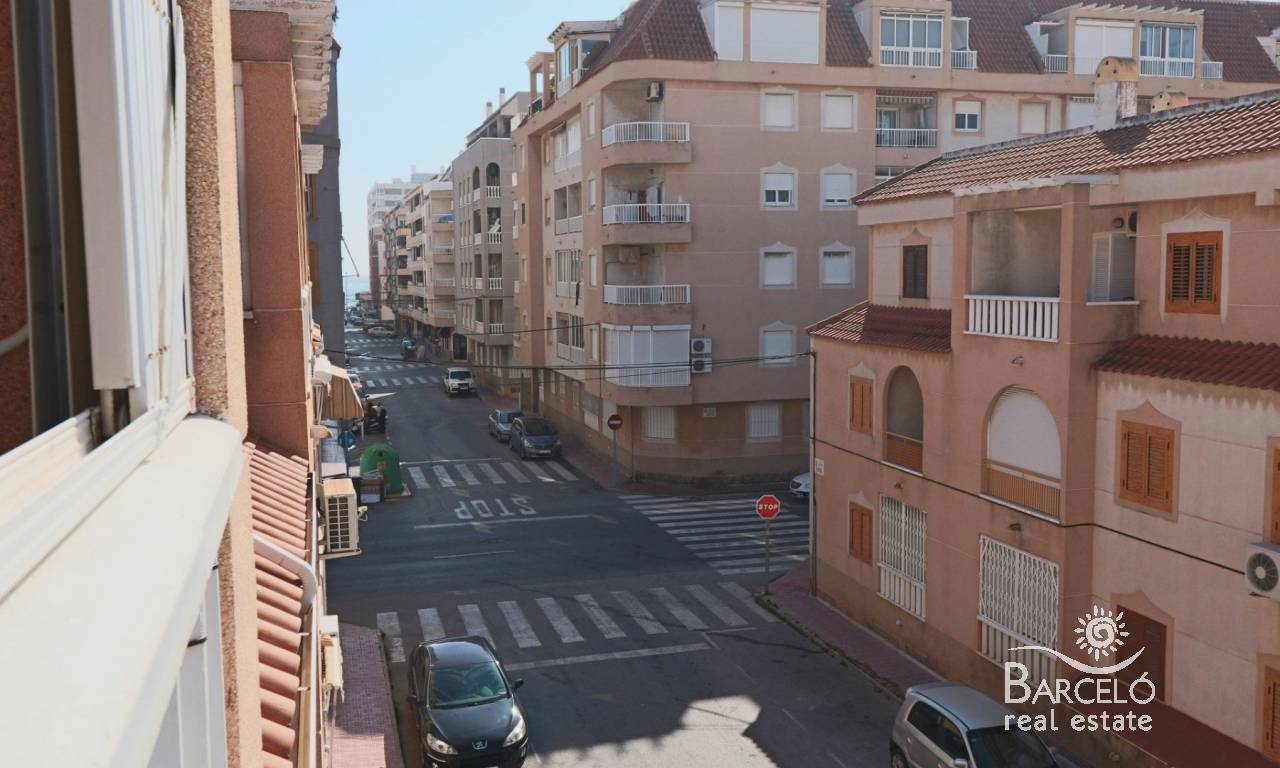 Apartment - Resale - Torrevieja - Playa Acequion