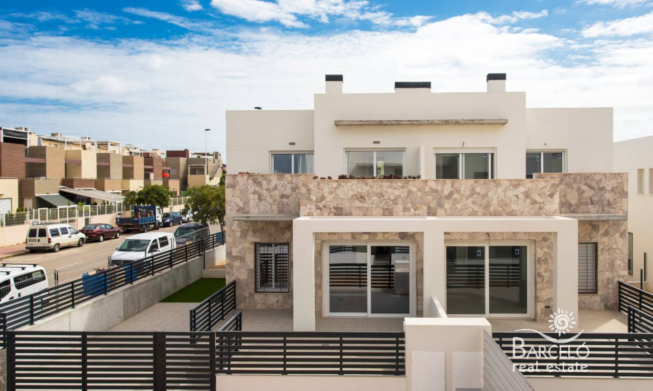 Attached - New Build - Torrevieja - Aguas Nuevas