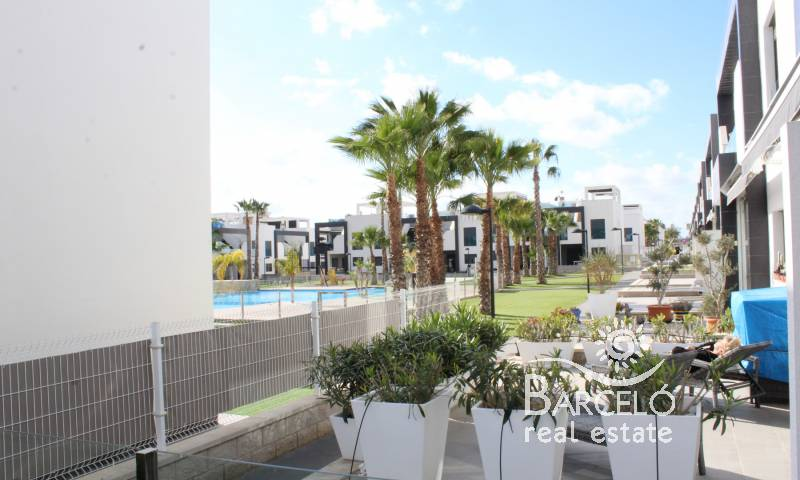 Attached - Resale - Orihuela Costa - La Zenia