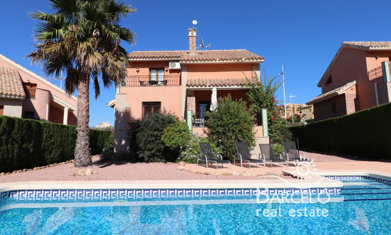 Villa - Resale - Algorfa - La Finca Golf Resort