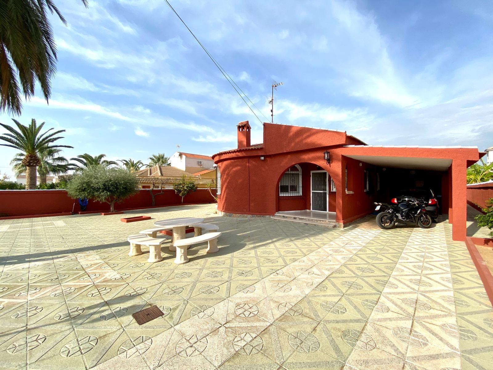 Vrijstaande villa in Torrevieja - Bestaande bouw