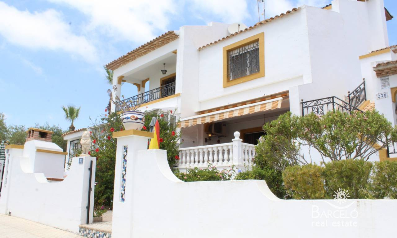 Resale - Attached - Orihuela Costa - Villamartin