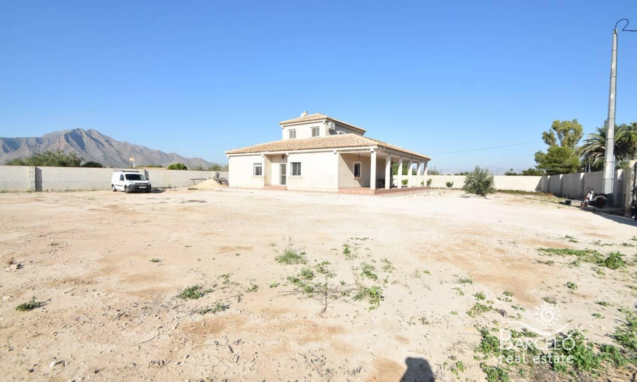 Vrijstaande villa in Callosa de Segura - Bestaande bouw