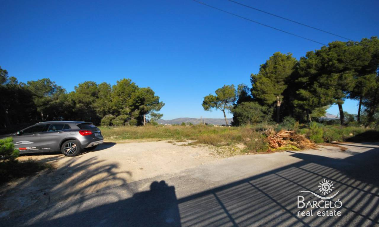 Resale - Plot  - Moraira - Benimeit