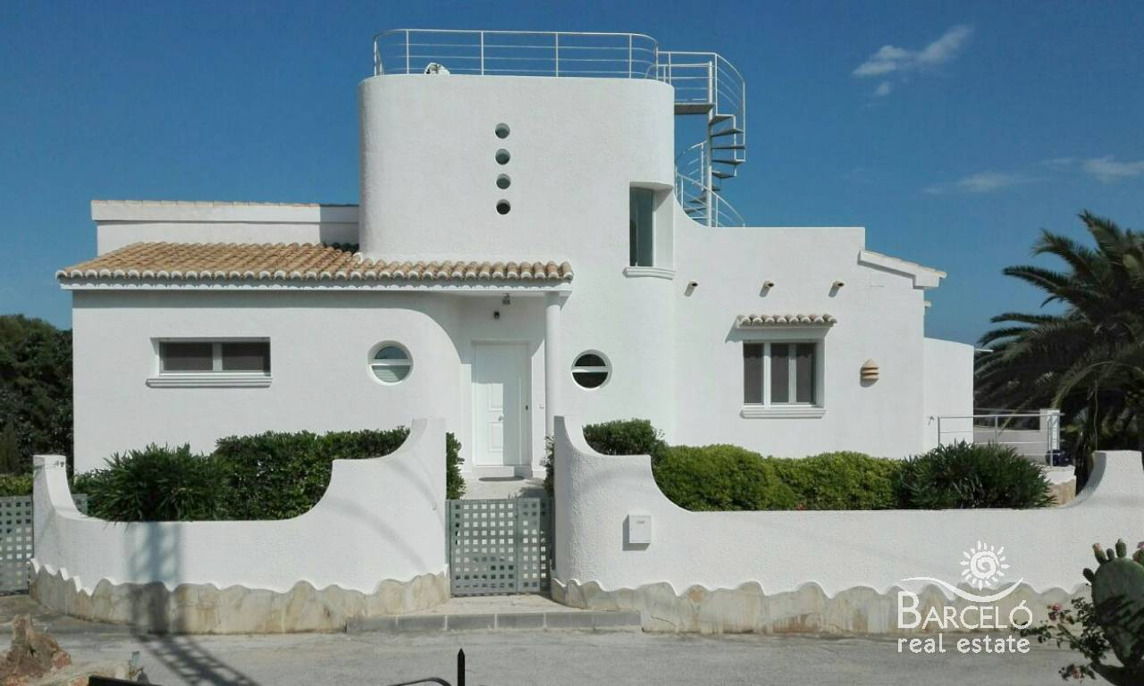Resale - Villa - Calpe - Carrio