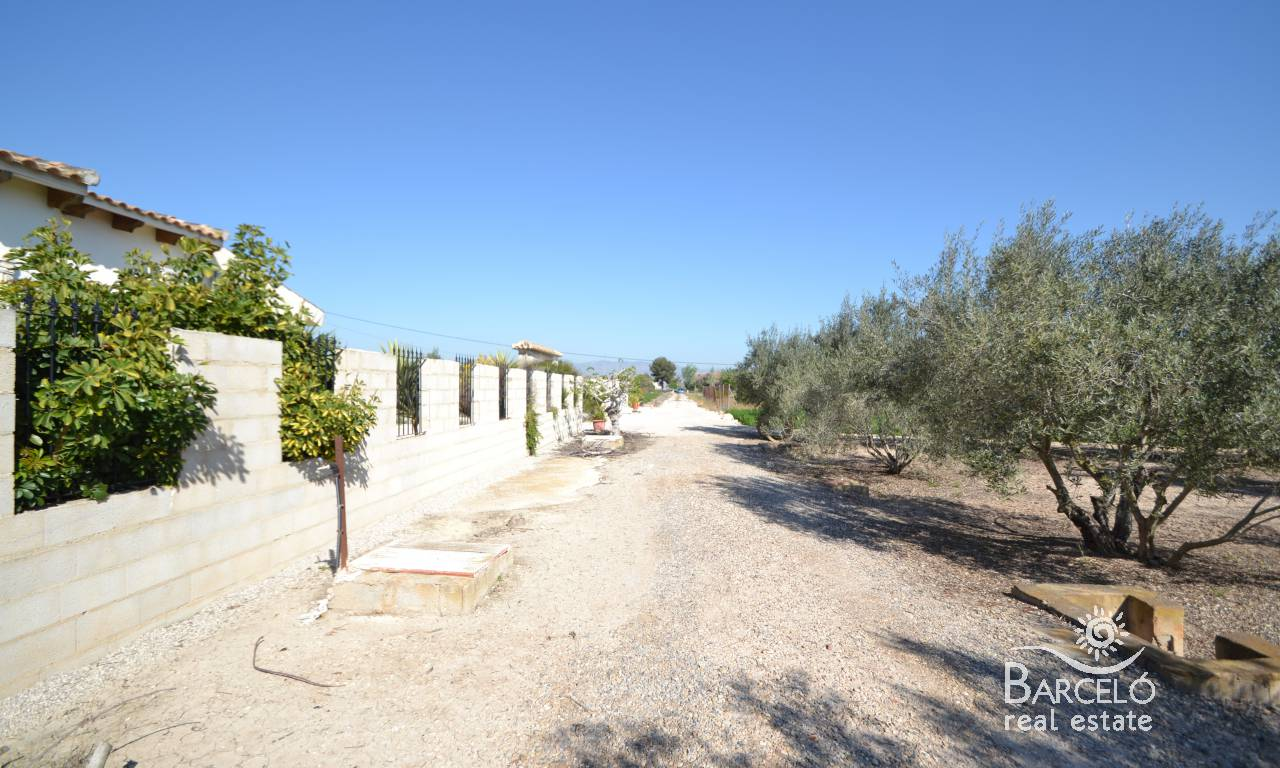 Investments - Country Property - Dolores