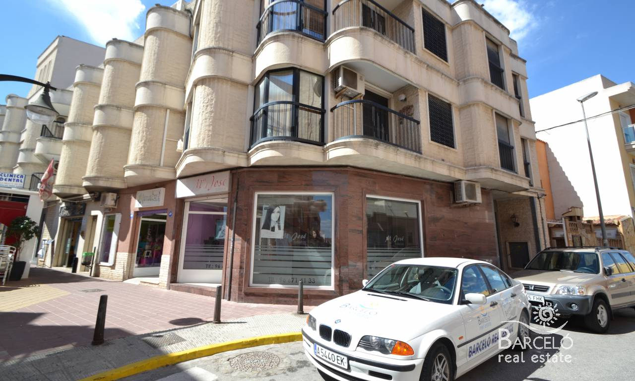 Resale - Commercial premises - Rojales