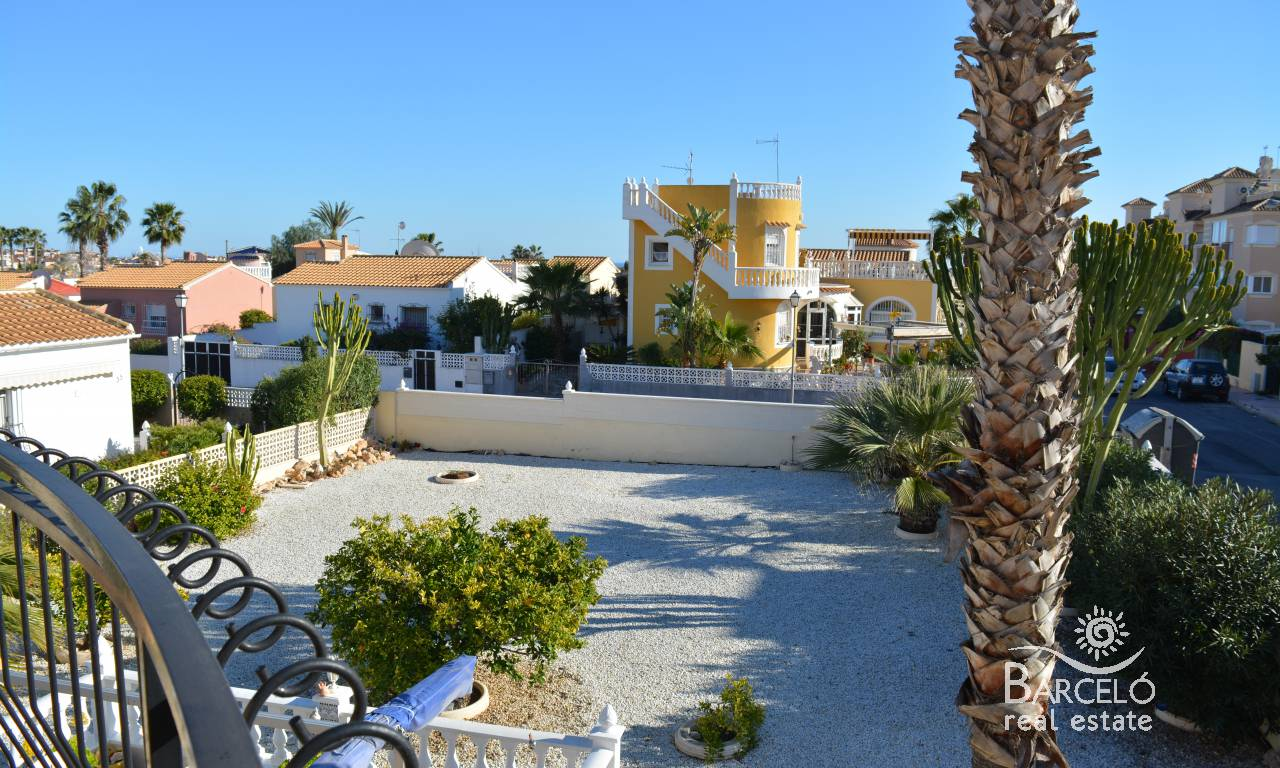 Resale - Villa - Orihuela Costa - Playa Flamenca
