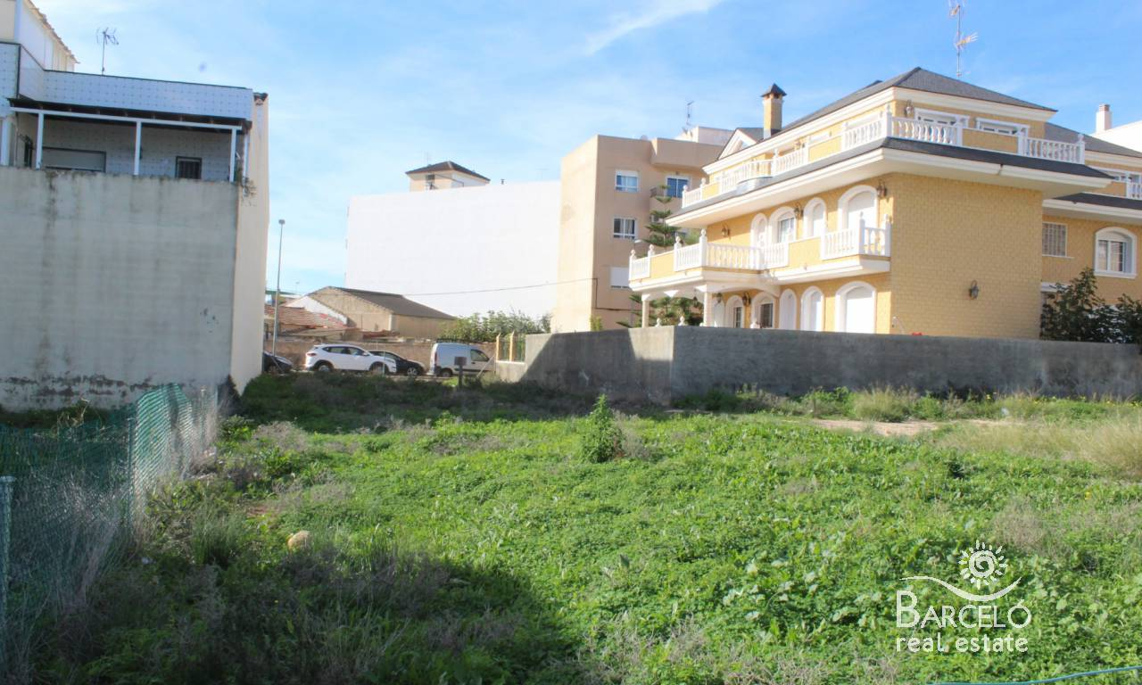 Resale - Plot  - Los Montesinos